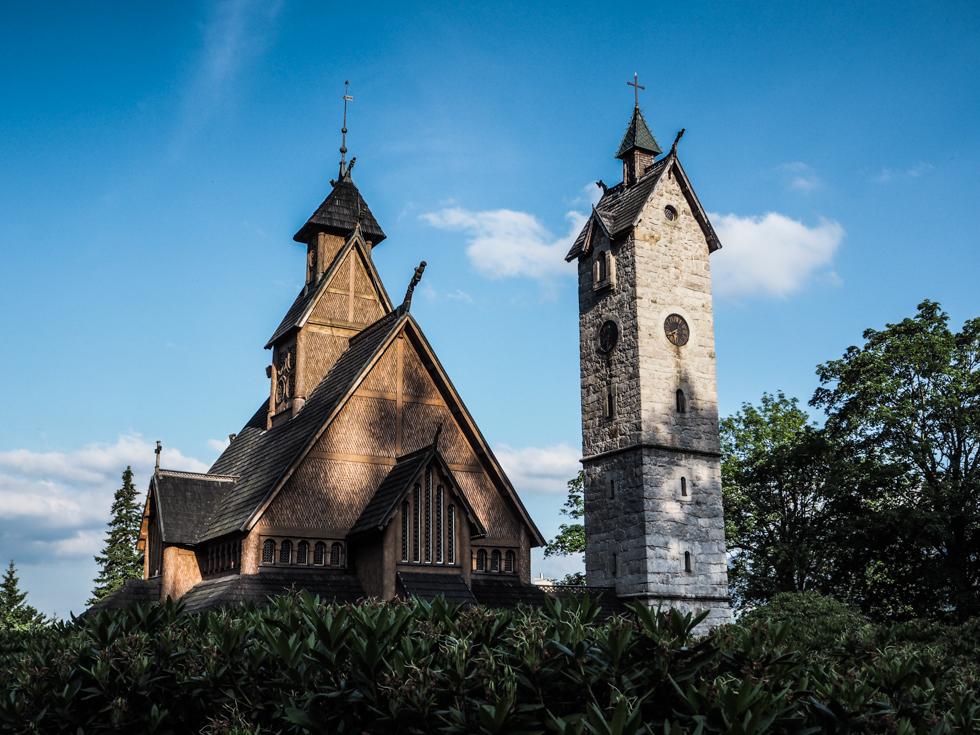 pajuska-na-cestach-kostelik-wang-karpacz-polsko