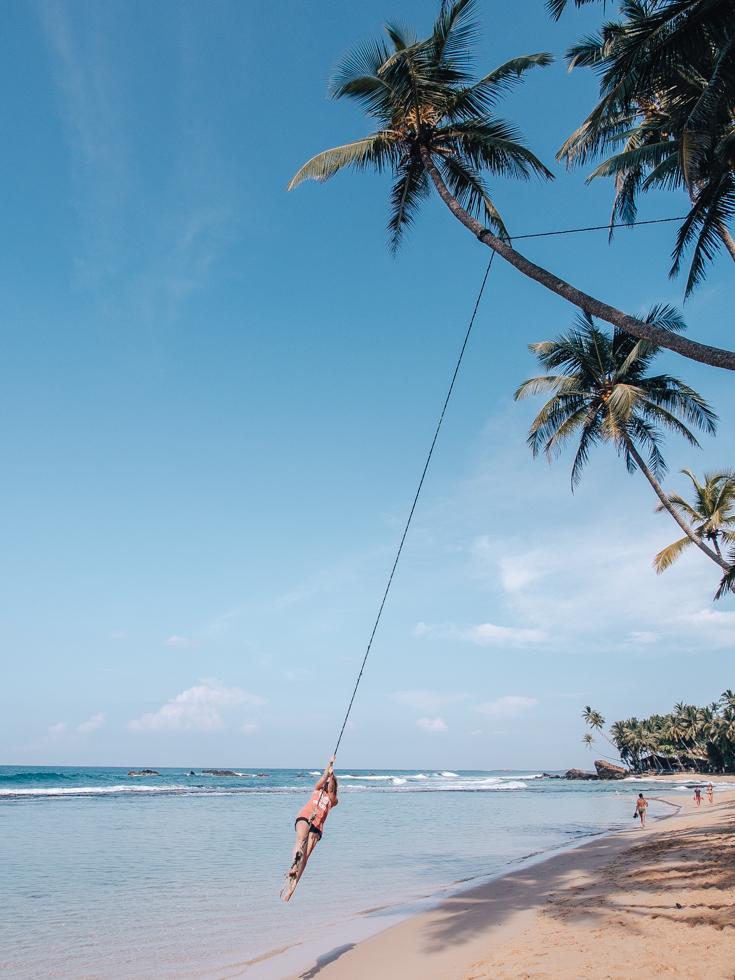 pajuska-na-cestach-sri-lanka-dalawella-beach